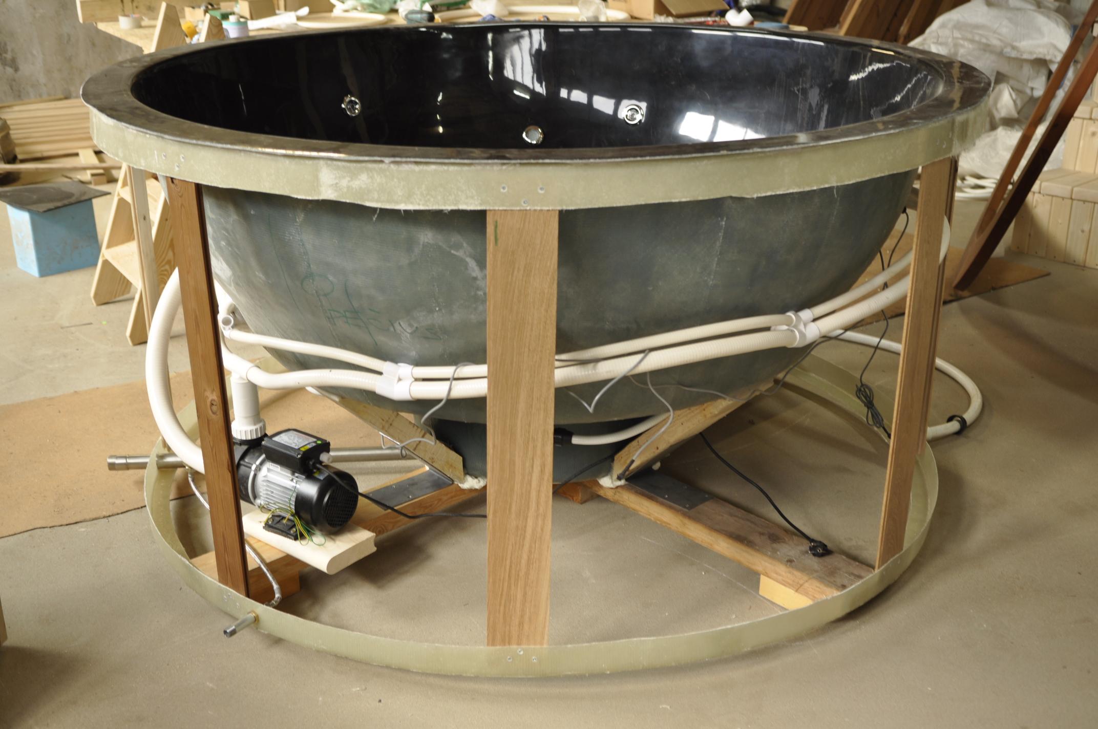 bains nordiques bains de fibre de verre baignoire hot tub team. Black Bedroom Furniture Sets. Home Design Ideas